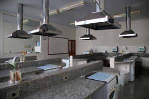 Laboratório de Técnica Dietética e Processamento de Alimentos